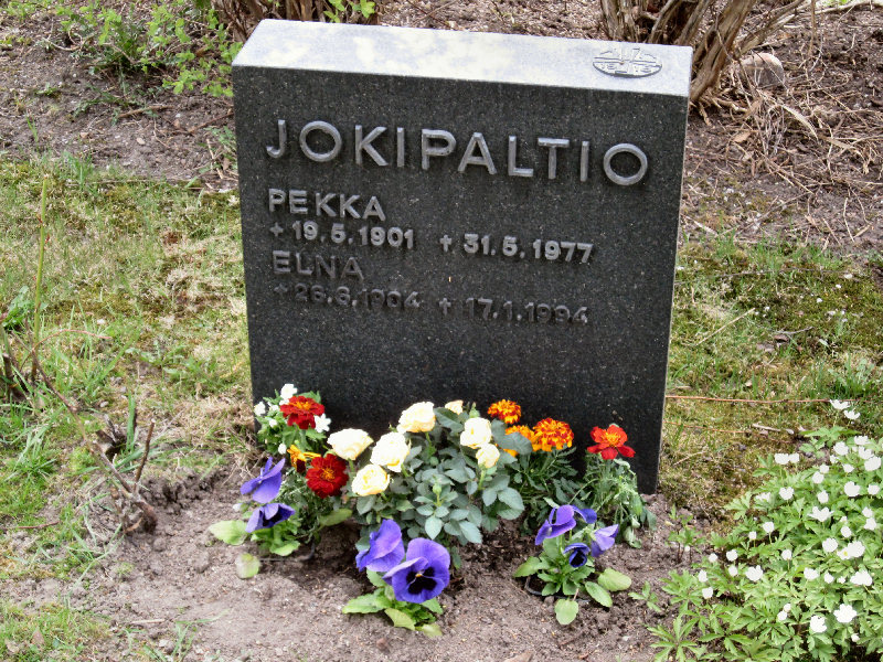 Pekka Jokipaltio - Hauta.jpg