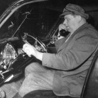 Taksiautoilija Eino Hyvärinen