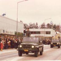 Itsenäisyyspäivän ohimarssi Keuruulla 1977