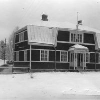 V. 1924-1929 Keuruun säästöpankki omas omassa talossaan.jpg