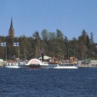 Siipirataslaiva Elias Lönnrot Ahtolan satamassa