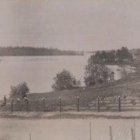 Siipirataslaiva Elias Lönnrot tulossa Pappilan rantaan